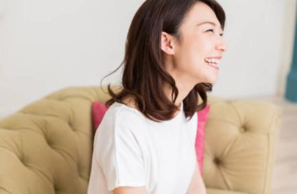 笑顔 日本人のストックフォト_-_iStock